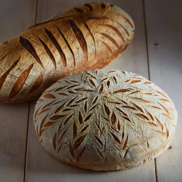 Decorative bread loaves