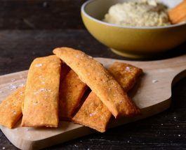 Chilli & Paprika Sourdough Crackers | Carr's Flour
