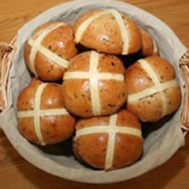 Hot Cross Bun Recipe | Carr's Flour