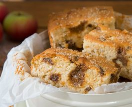 Toffee Apple Cake Bake Recipe | Carr's Flour