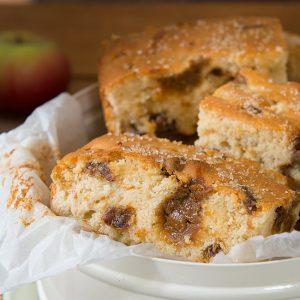 Toffee Apple Cake Bake Recipe | Carr's Flour