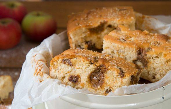 Toffee Apple Cake Bake Recipe   Carr's Flour